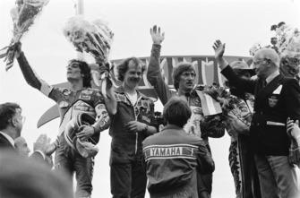 Ganador de la carrera Jack Middelburg, segundo lugar Graziano Rossi, tercer lugar Franco Uncini