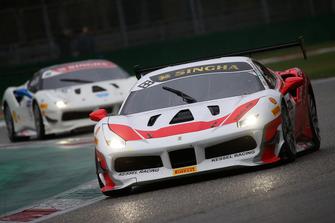 #133 Ferrari 488, Kessel Racing: Murat Ruhi Cuhadaroc