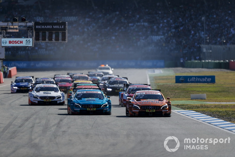 Lucas Auer, Mercedes-AMG Team HWA, Mercedes-AMG C63 DTM leads at the start of the race