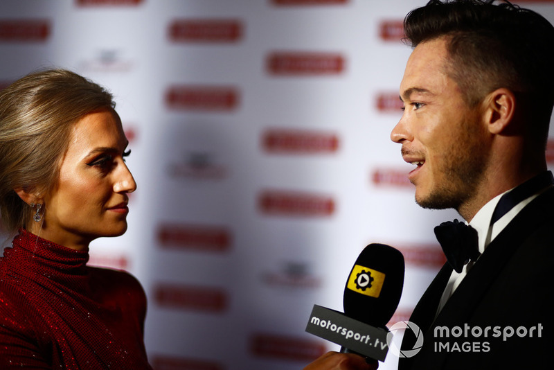 André Lotterer gets interviewed on the red carpet