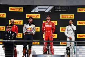 (L to R): Carlo Santi, Ferrari Race Engineer, Max Verstappen, Red Bull Racing, Kimi Raikkonen, Ferrari and Lewis Hamilton, Mercedes AMG F1 on the podium