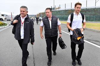 Gil De Ferran, McLaren Sporting Director, Zak Brown, McLaren Racing CEO and Stoffel Vandoorne, McLaren