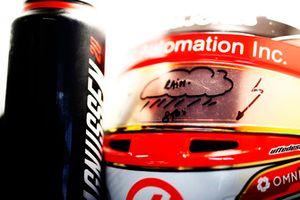 La gourde et le casque de Kevin Magnussen, Haas F1 Team