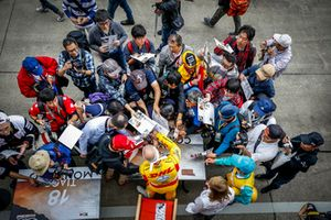 Autograph Session, Tom Coronel, Boutsen Ginion Racing Honda Civic Type R TCR