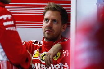 Sebastian Vettel, Ferrari, w garażu