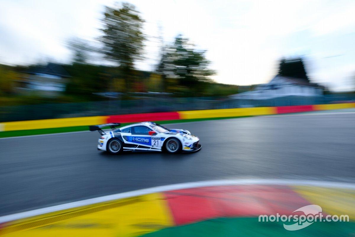 #21 KCMG Porsche 911 GT3-R: Edoardo Liberati, Josh Burdon, Alexandre Imperatori