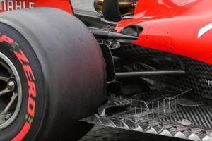 Plancher de la Ferrari SF1000 avec des débris