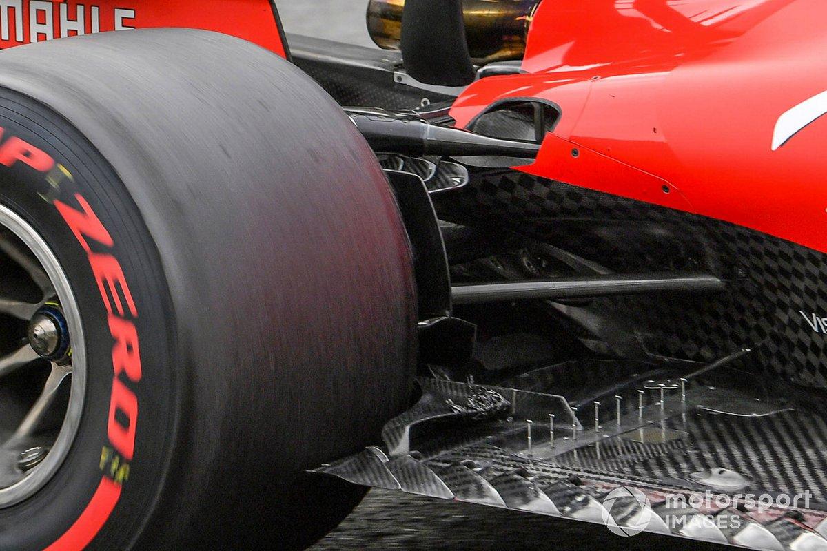 Ferrari SF1000 floor detail with debris