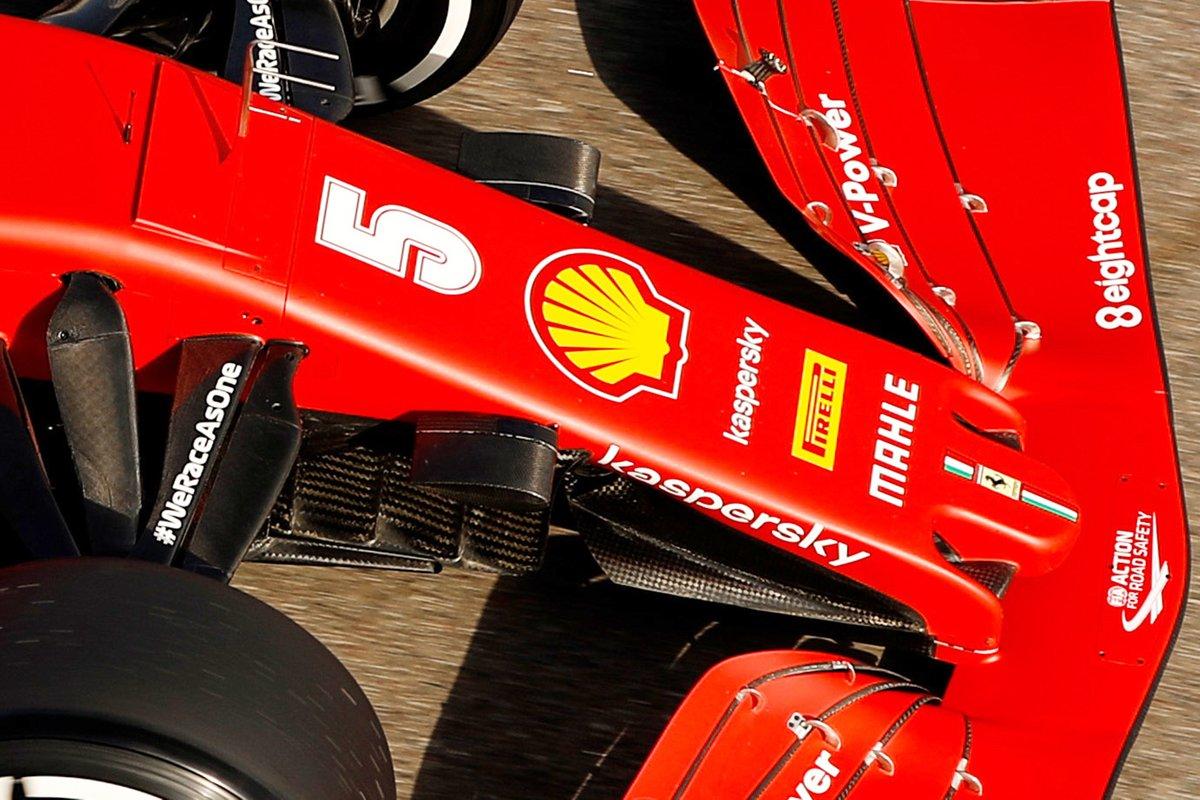 Dettaglio del muso della Ferrari SF1000