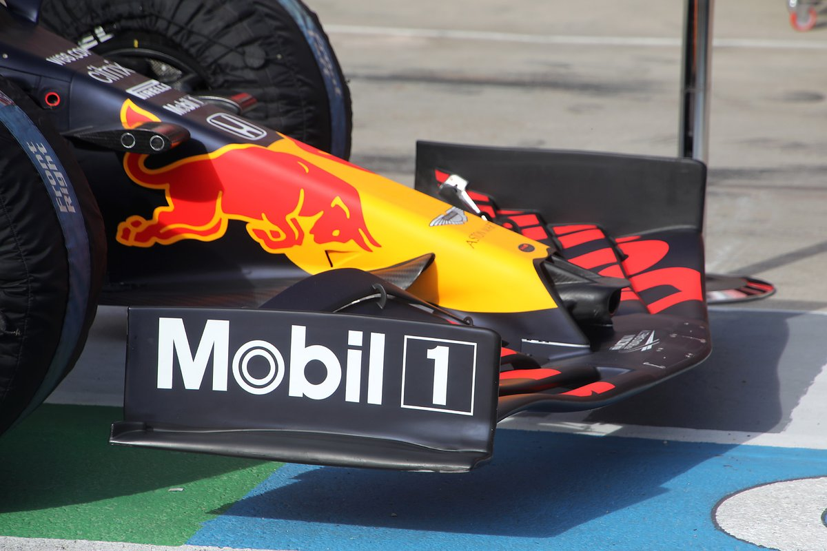 Red Bull Racing RB16 front wing