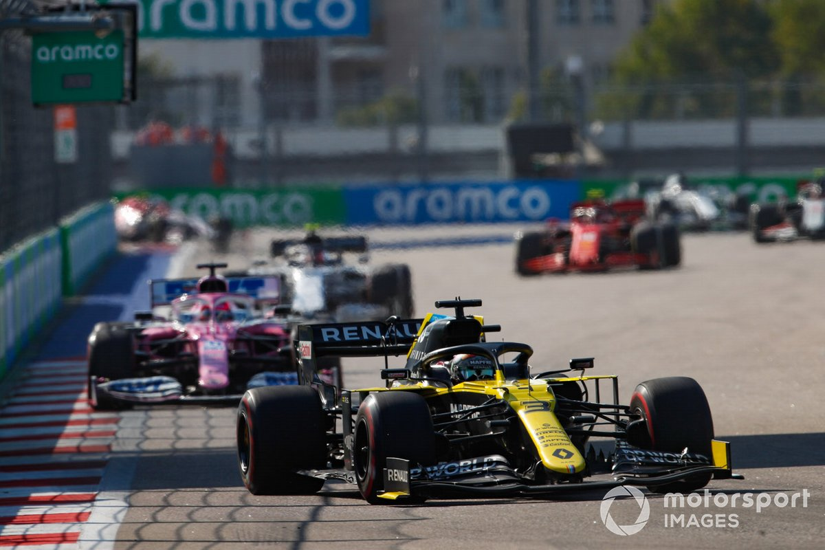 Daniel Ricciardo, Renault F1 Team R.S.20, Sergio Perez, Racing Point RP20, Pierre Gasly, AlphaTauri AT01