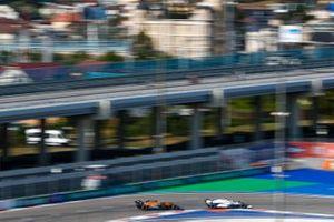 George Russell, Williams FW43, Lando Norris, McLaren MCL35