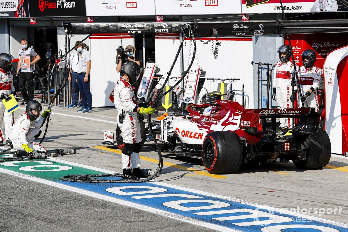 Antonio Giovinazzi, Alfa Romeo Racing C39 si ferma per la penalità