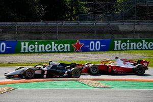 Christian Lundgaard, ART Grand Prix and Mick Schumacher, Prema Racing battle
