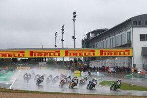 Start der Supersport-Klasse in Magny-Cours