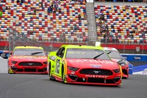 Ryan Blaney, Team Penske, Ford Mustang Menards/Cardell Cabinetry, Gray Gaulding, Rick Ware Racing, Ford Mustang