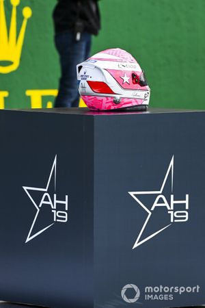Helmet of Anthoine Hubert on the grid