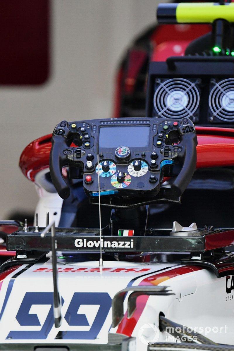 El volante de Antonio Giovinazzi, Alfa Romeo Racing
