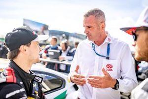 Lucas Auer, Mercedes AMG Team Winward, mit Niels Wittich