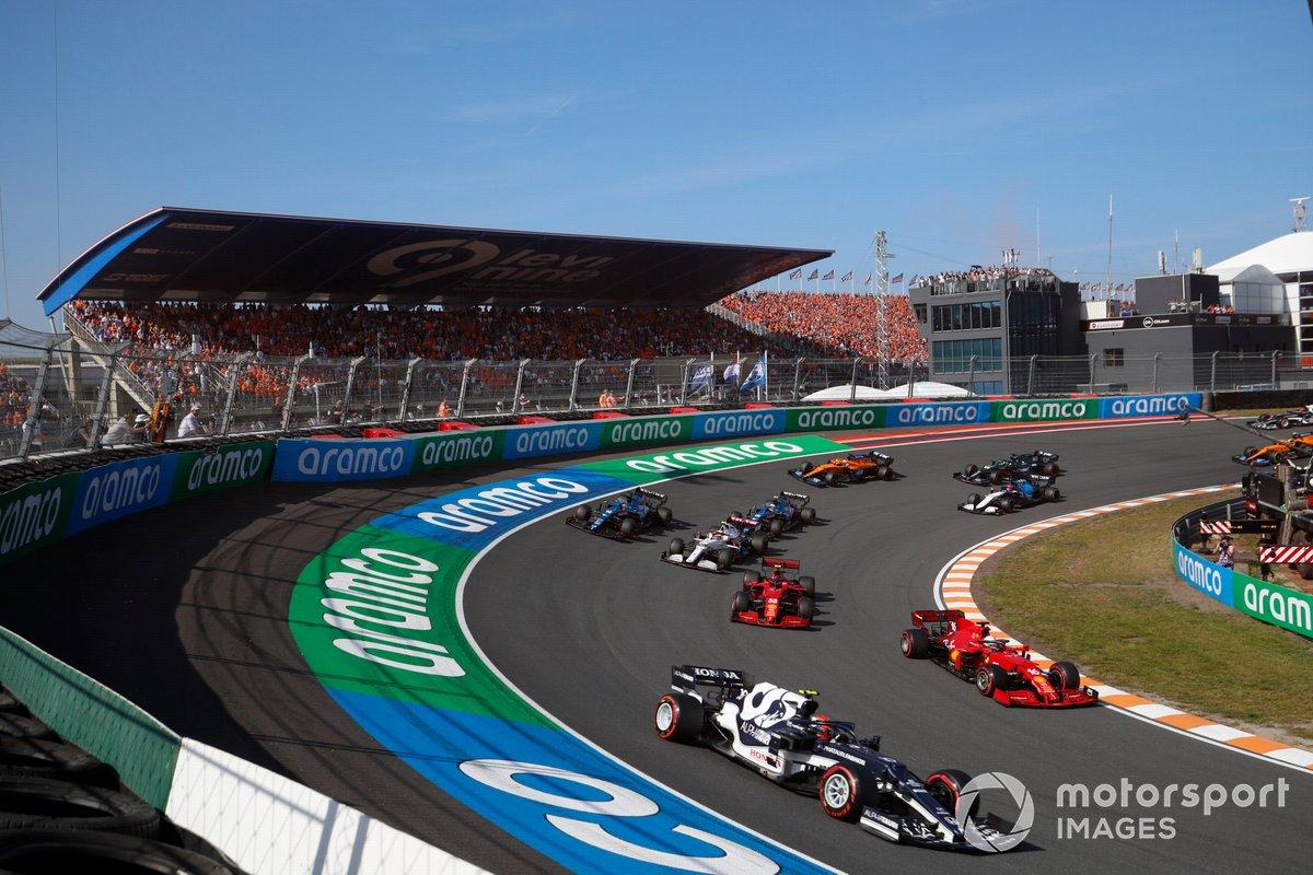 Pierre Gasly, AlphaTauri AT02, Charles Leclerc, Ferrari SF21, Carlos Sainz Jr., Ferrari SF21, Antonio Giovinazzi, Alfa Romeo Racing C41, Fernando Alonso, Alpine A521