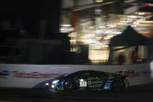 #77 Barwell Motorsport Lamborghini Huracan GT3 Evo: Sandy Mitchell, Leo Machitski, Miguel Ramos, Henrique Chaves