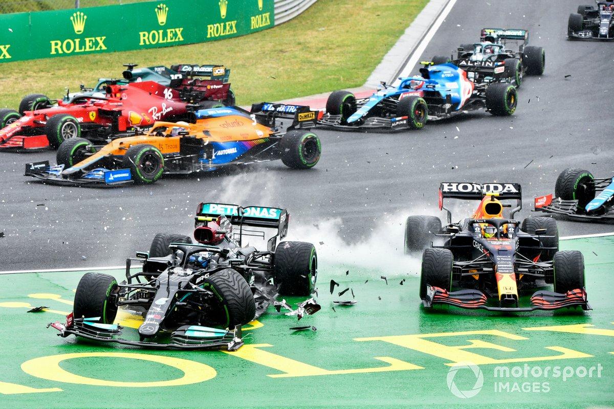 Incidente di Valtteri Bottas, Mercedes W12 and Sergio Perez, Red Bull Racing RB16B