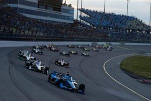Conor Daly, Carlin Chevrolet leads at the start