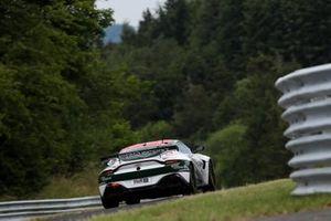 #176 Prosport Aston Martin Vantage AMR GT4: Guido Dumarey, Alexander Walker, Nico Verdonck