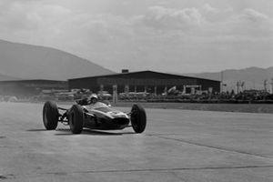 Bruce McLaren, Cooper T73