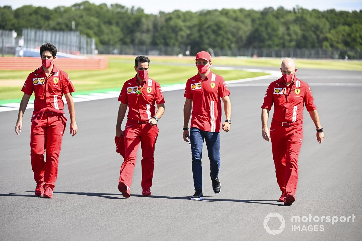 Charles Leclerc, Ferrari con sus ingenieros