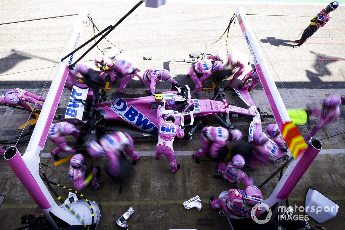 Lance Stroll, Racing Point RP20, pit stop