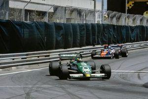 Michele Alboreto, Tyrrell 011, Derek Warwick, Toleman TG183B
