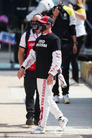Kimi Raikkonen, Alfa Romeo on the grid