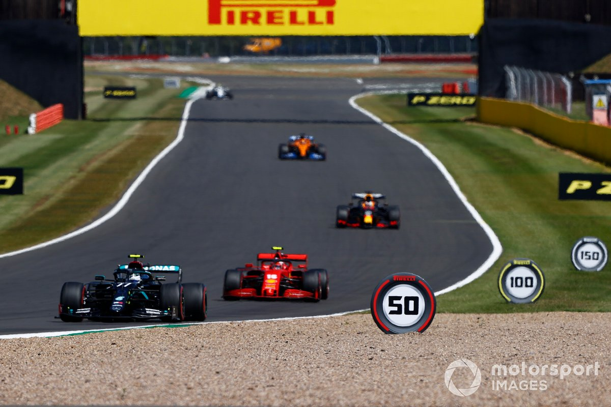 Valtteri Bottas, Mercedes F1 W11, Charles Leclerc, Ferrari SF1000, Max Verstappen, Red Bull Racing RB16, e Carlos Sainz Jr., McLaren MCL35