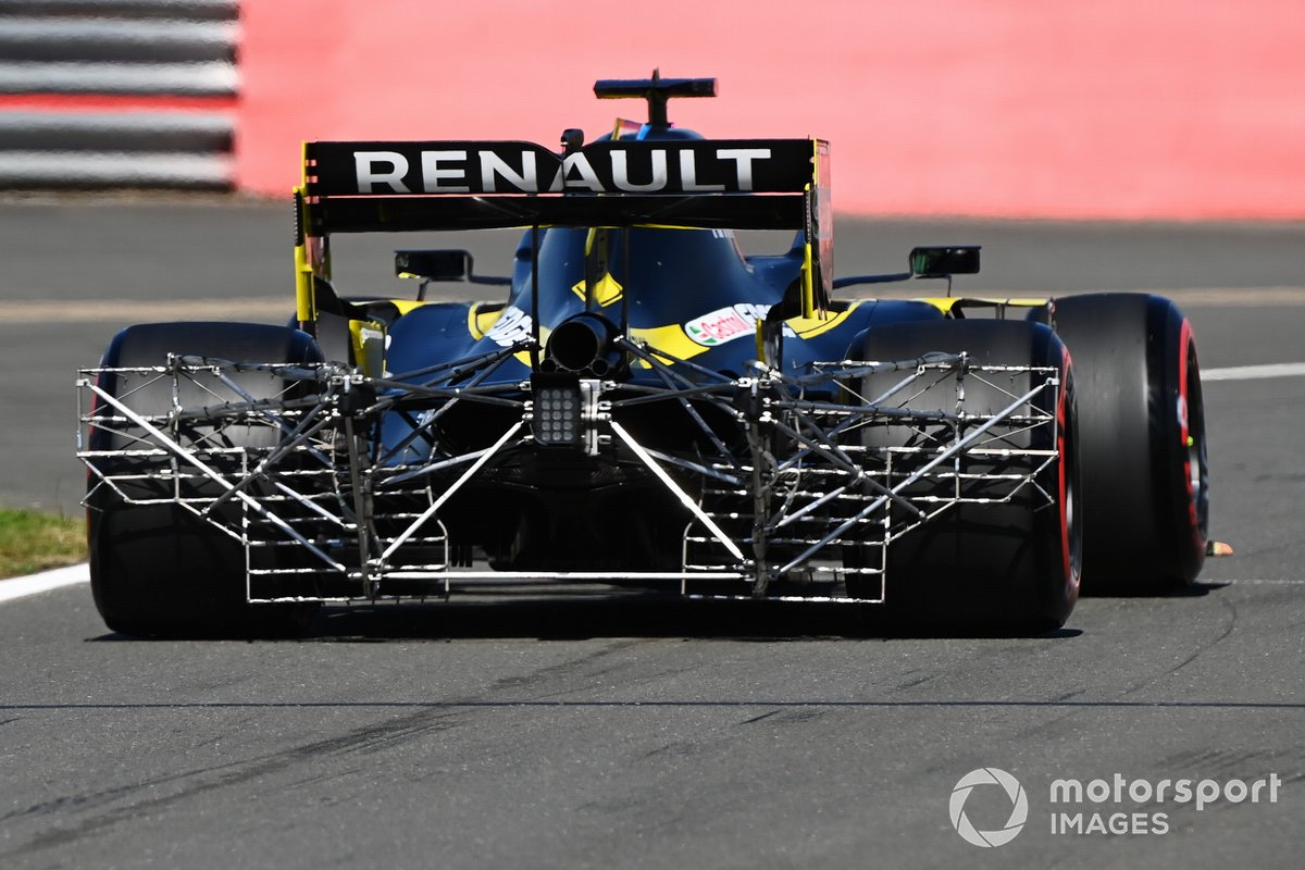 Test equipment on the Renault F1 Team R.S.20