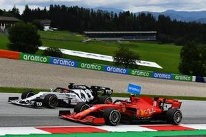 Daniil Kvyat, AlphaTauri AT01, and Charles Leclerc, Ferrari SF1000