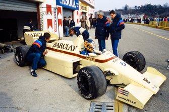 Thierry Boutsen, Arrows A8 BMW