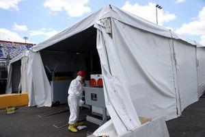COVID-19-Sicherheitsmaßnahme: Desinfektion