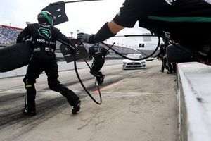 Austin Cindric, Team Penske, Ford Mustang, en pits
