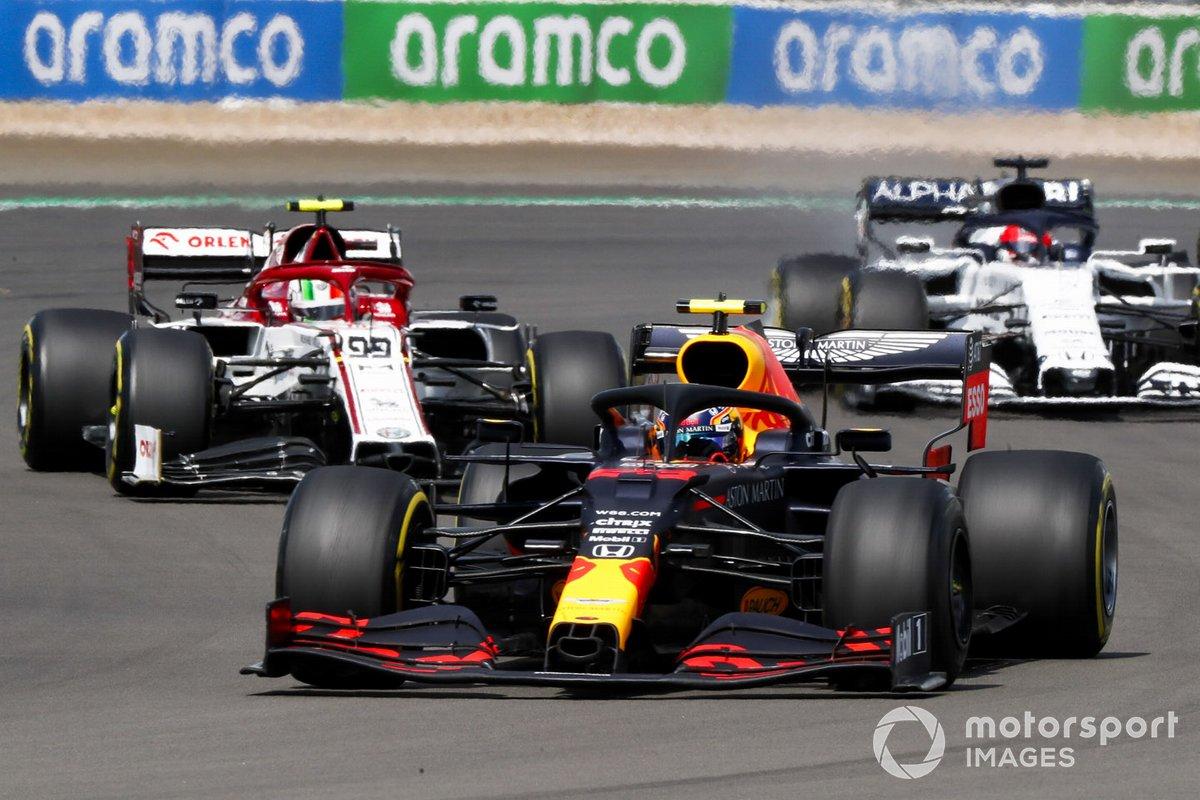 Alex Albon, Red Bull Racing RB16, Antonio Giovinazzi, Alfa Romeo Racing C39, Daniil Kvyat, AlphaTauri AT01