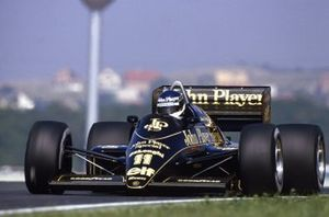 Johnny Dumfries, Lotus 98T-Renault