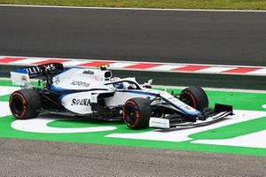 Nicholas Latifi, Williams FW43, off track