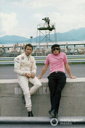 Mario Andretti, March 701-Ford Cosworth and Jackie Stewart, March 701-Ford Cosworth