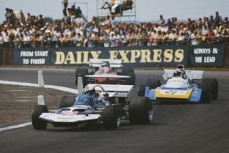 Rolf Stommelen, Surtees TS9 Ford, Chris Amon, Matra MS120B, Henri Pescarolo, March 711 Ford