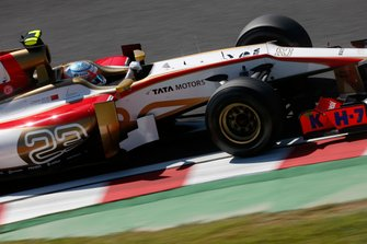 Narain Karthikeyan, HRT F112