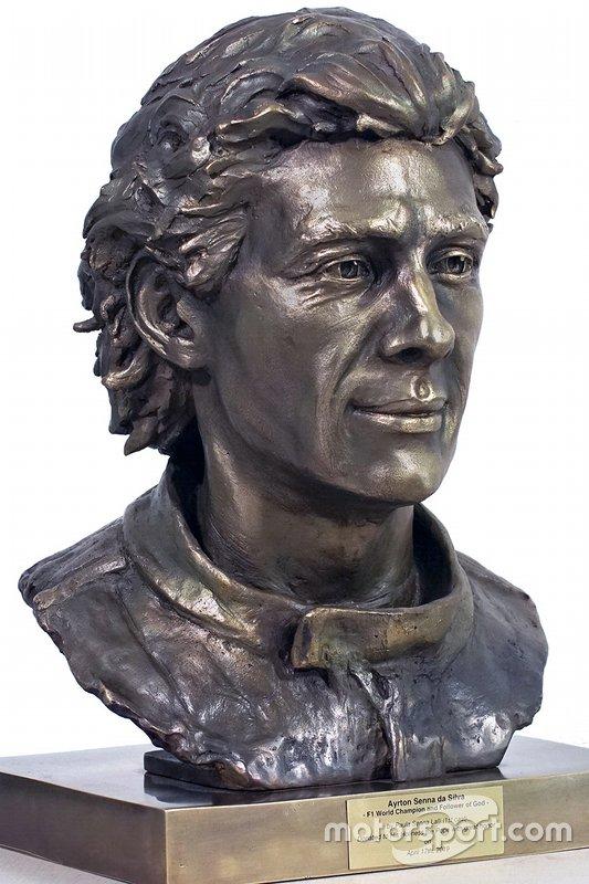 Ayrton Senna sculpture by Paula Senna Lalli