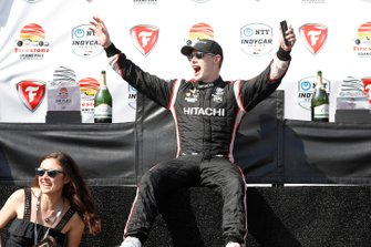 Josef Newgarden, Team Penske Chevrolet with fiancee Ashley Welch
