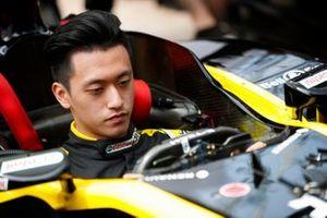 Guanyu Zhou, Renault F1 Team F1 Team