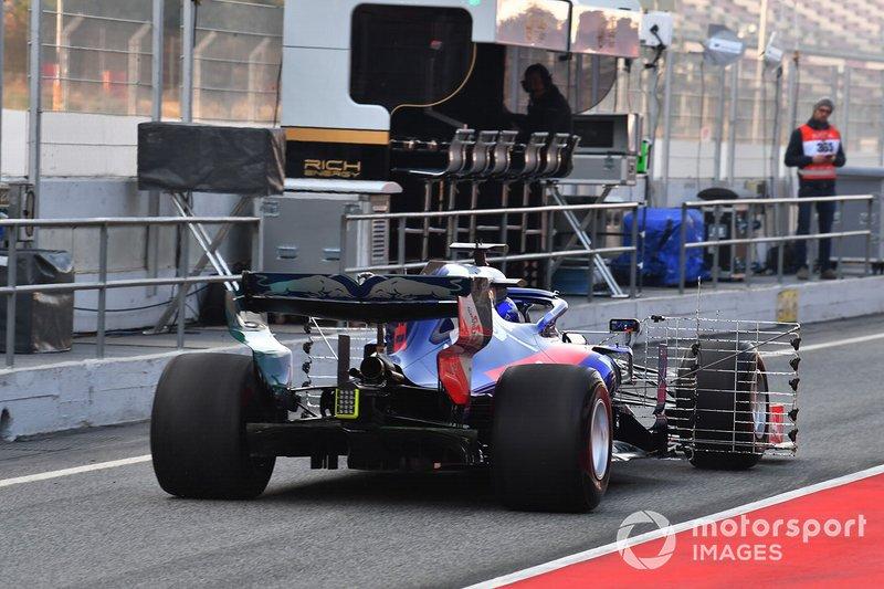 Alex Albon, Scuderia Toro Rosso STR14 con sensores