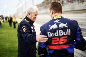 Helmut Markko, Consultant, Red Bull Racing, avec Daniil Kvyat, Toro Rosso